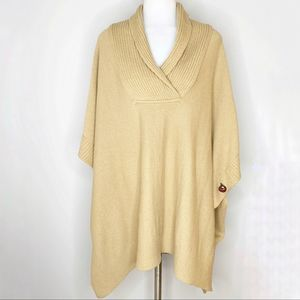 H&M Tan Sweater Knit Poncho Wood Buttons One Size